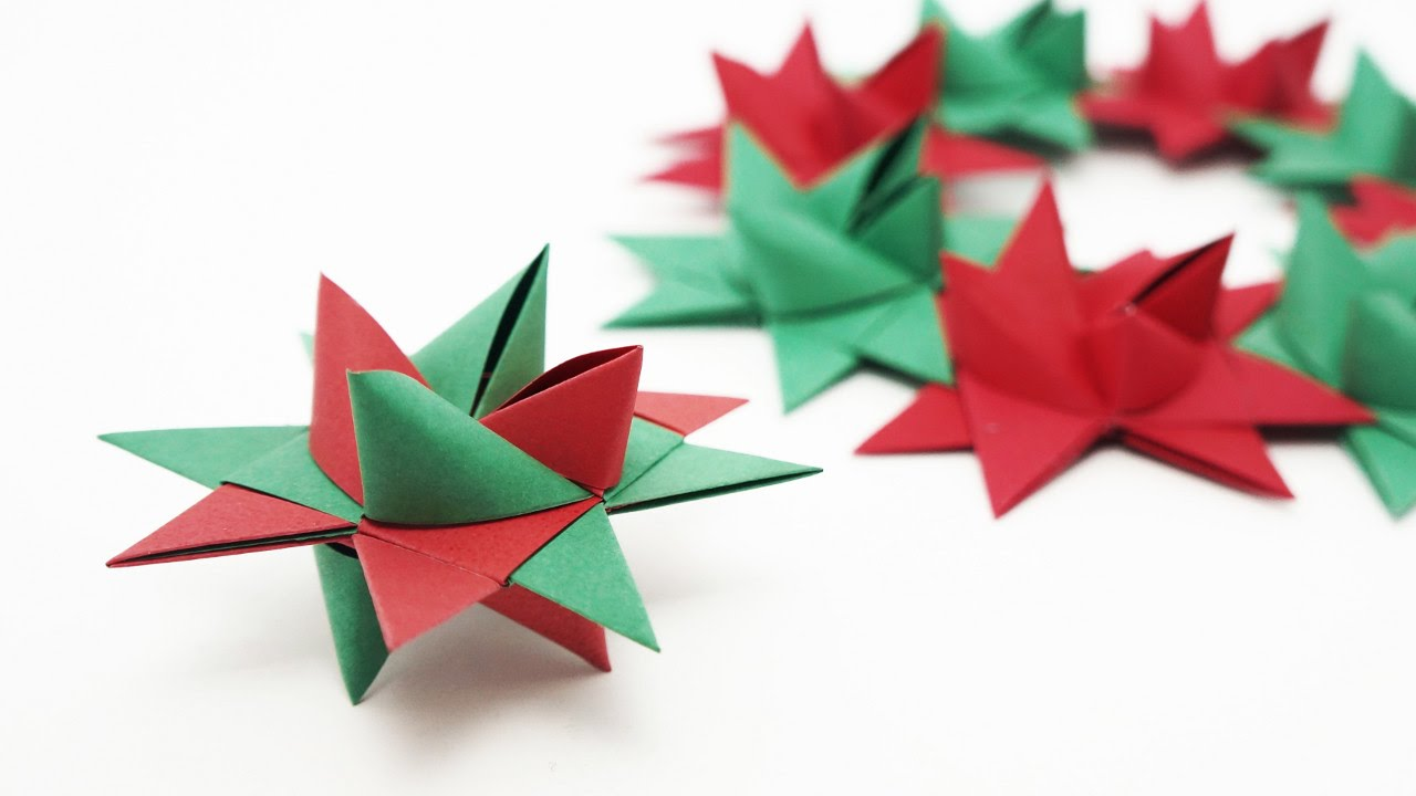 Origami de estrella de navidad decorativa para nuestros hogares.