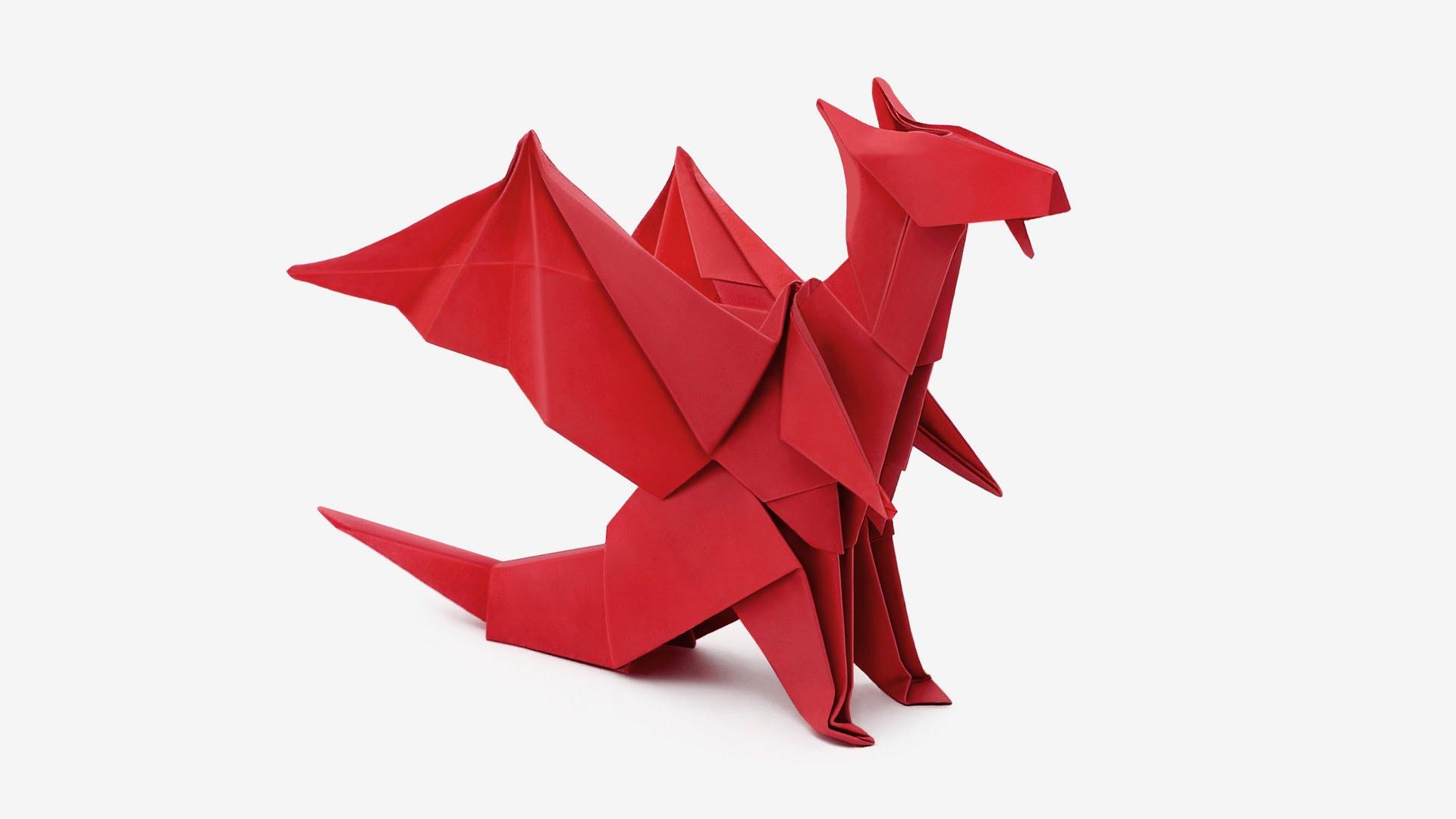 Origami de dragón de papel, realismo para un ser mitológico.