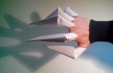 Garras de papel, origami fácil y muy original para tus disfraces.