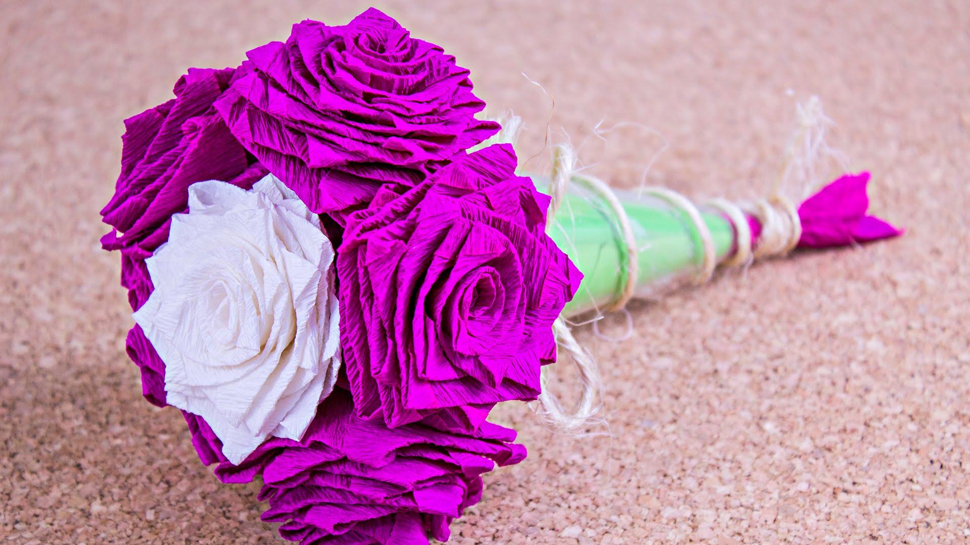 Ramo de rosas de papel como hacer un origami en papel crep for Como aser un criadero de mojarras